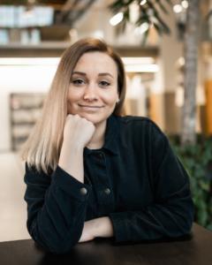 Digimarkkinoinnin kouluttaja Johanna